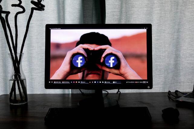 Copertina articolo come non farsi spiare su Facebook