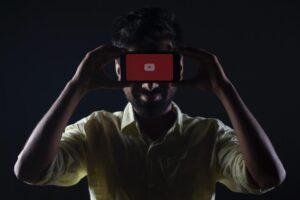 Copertina articolo promuovere video YouTube a pagamento